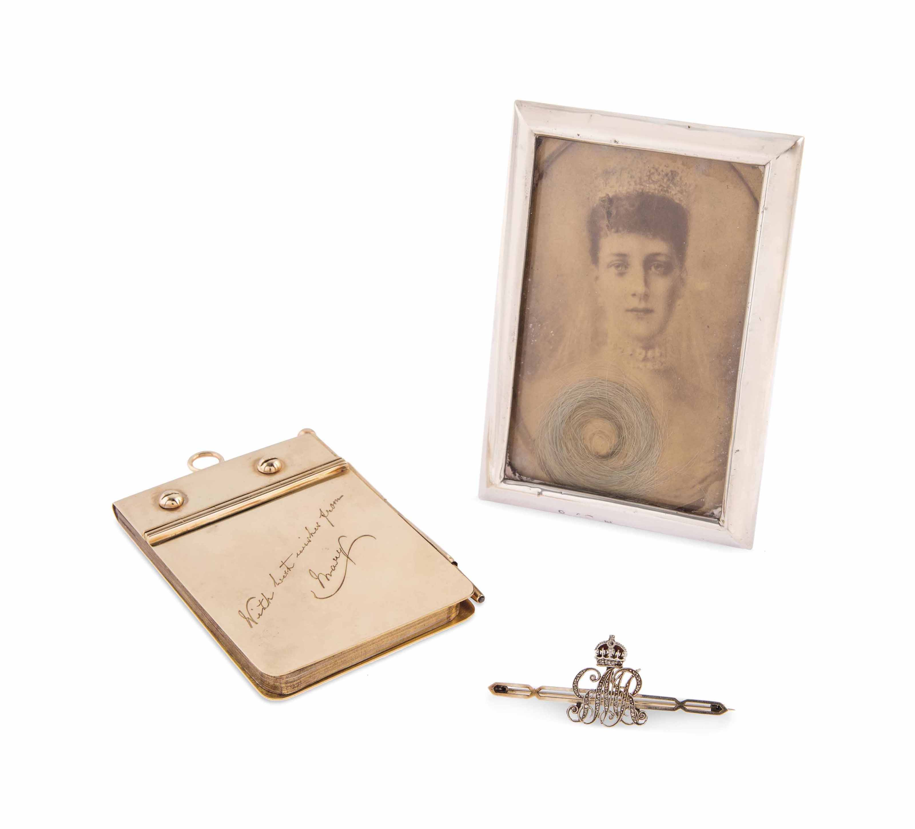 KING GEORGE V, QUEEN MARY AND QUEEN ALEXANDRA A GROUP OF PRESENTATION ITEMS