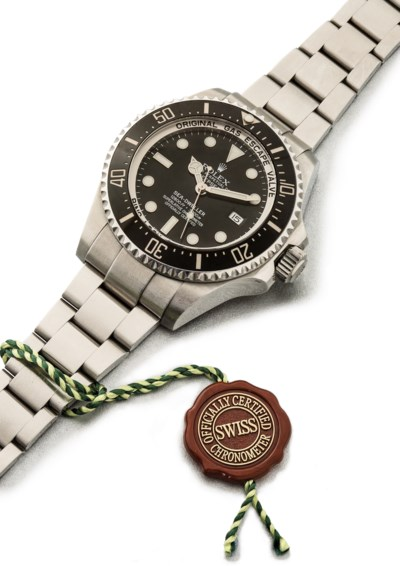 ROLEX. A VERY RARE AND LARGE S