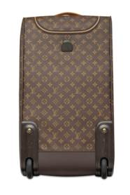 LOUIS VUITTON. A TRAVEL SET OF