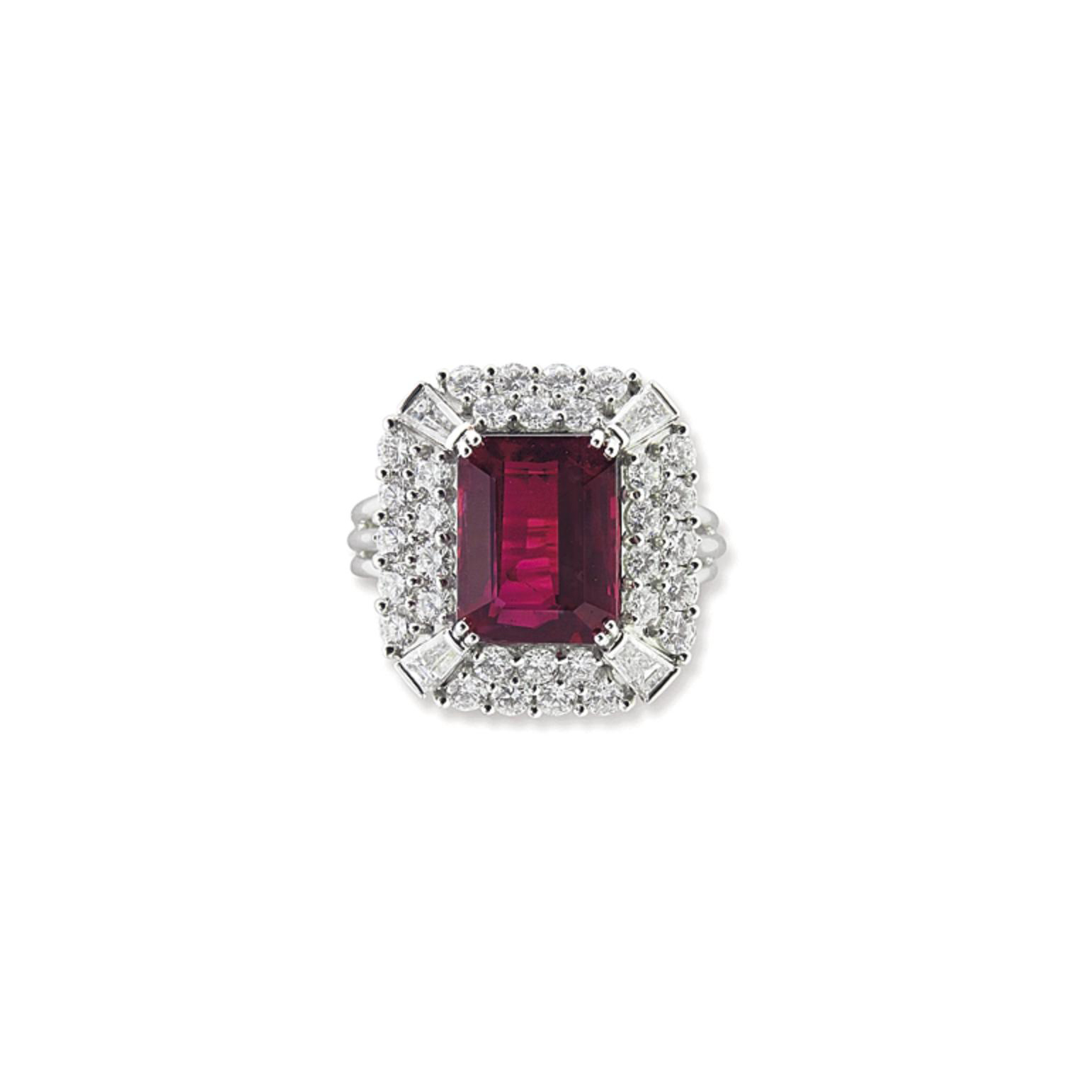 A RUBY AND DIAMOND RING, BY PA