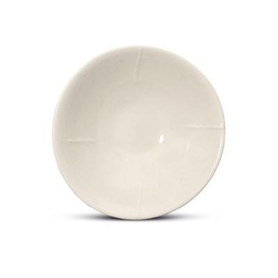 A XING WHITE-GLAZED BOWL