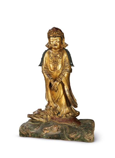 A LARGE GILT-LACQUERED BRONZE