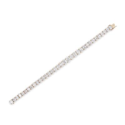 A DIAMOND BRACELET