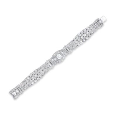 A DIAMOND BRACELET, BY CARTIER