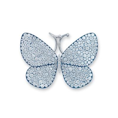 A DIAMOND 'PAPILLON' RING, BY