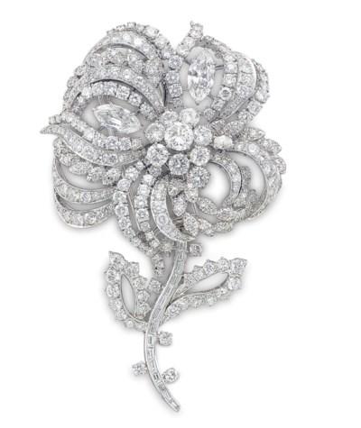 A DIAMOND AND PLATINUM FLOWER
