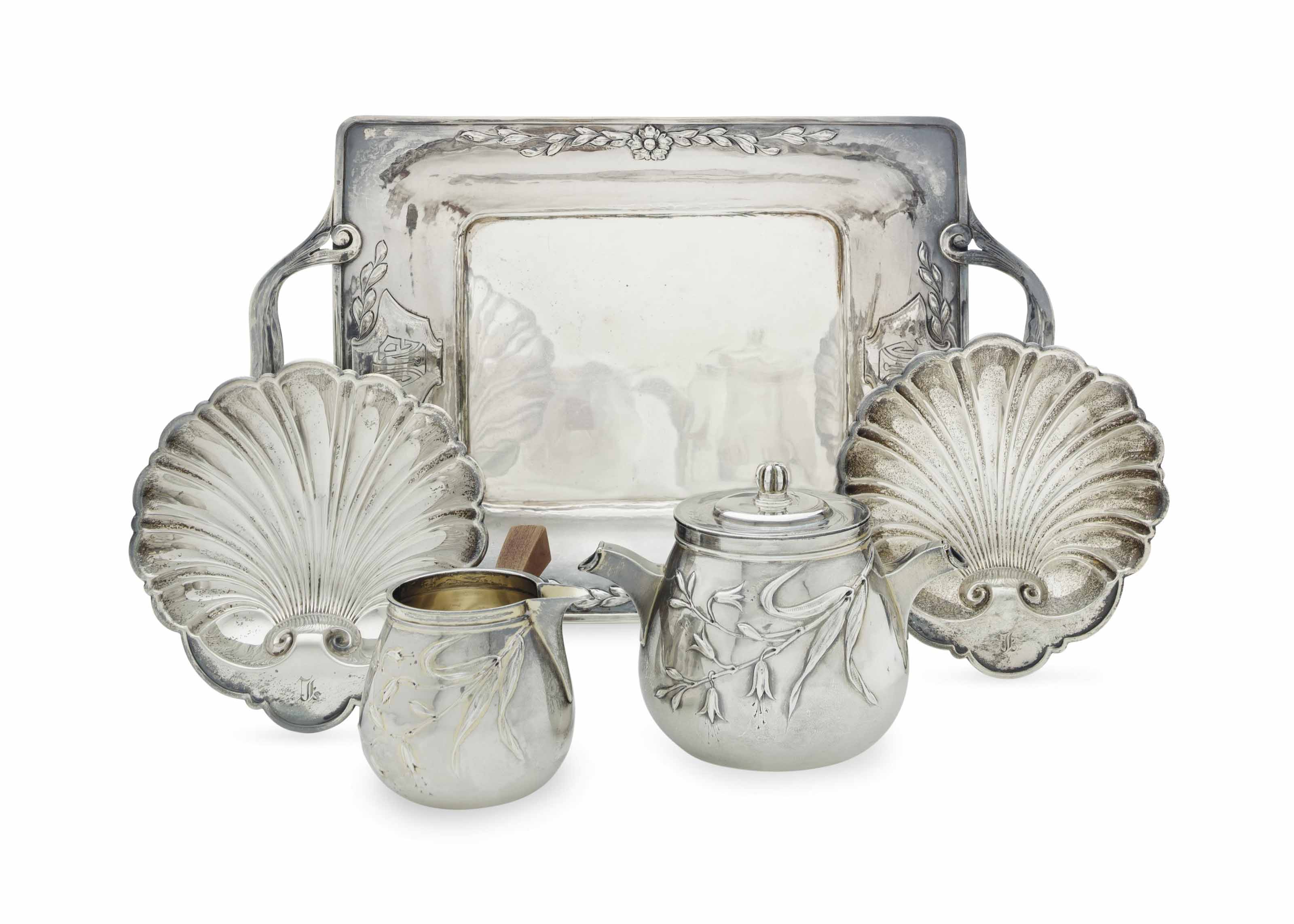 A GROUP OF FRENCH AND AMERICAN SILVER TABLE WARES
