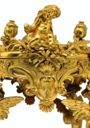 A FRENCH ORMOLU MOUNTED PORCEL