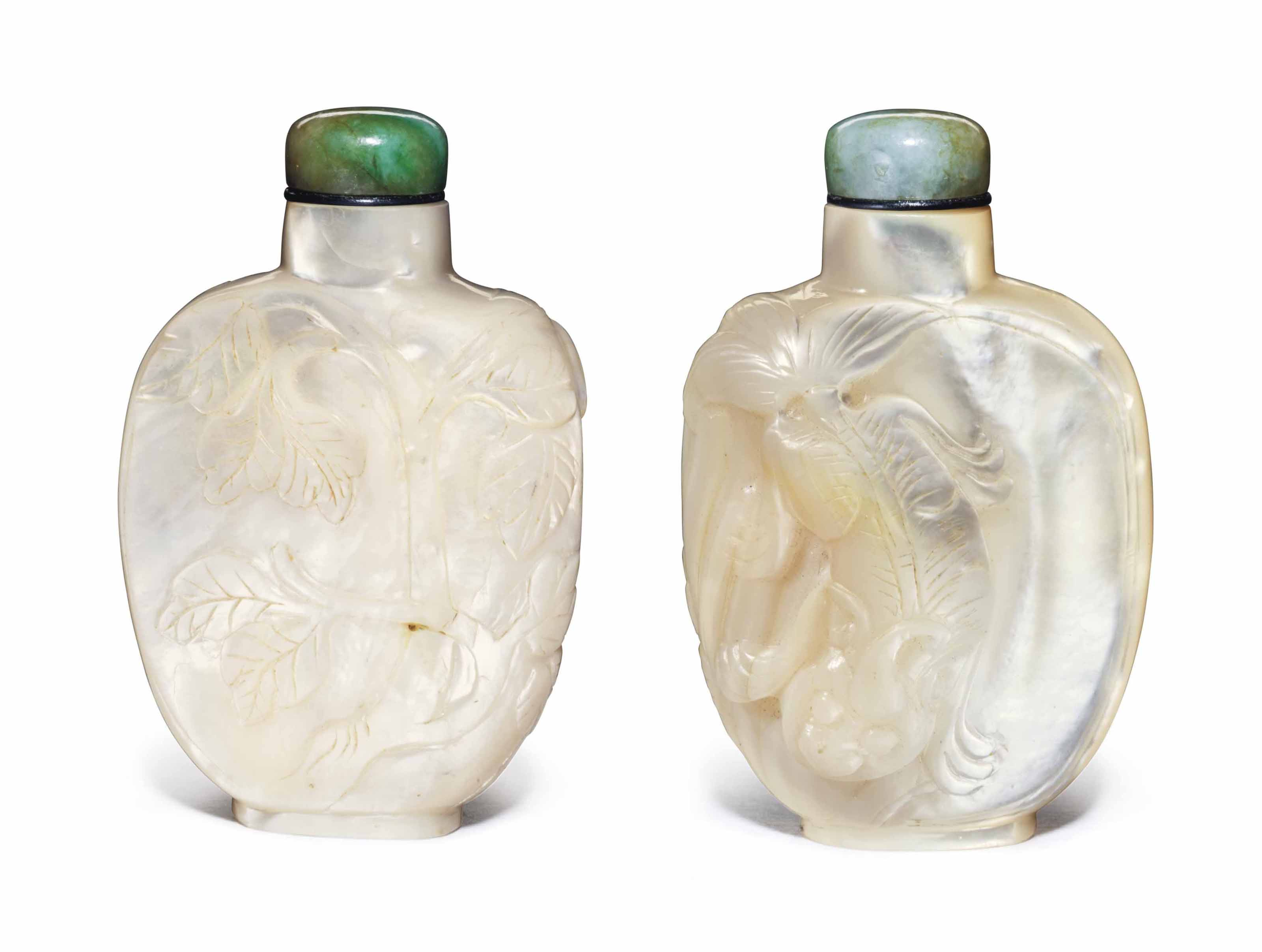 A CARVED MOTHER-OF-PEARL SNUFF BOTTLE