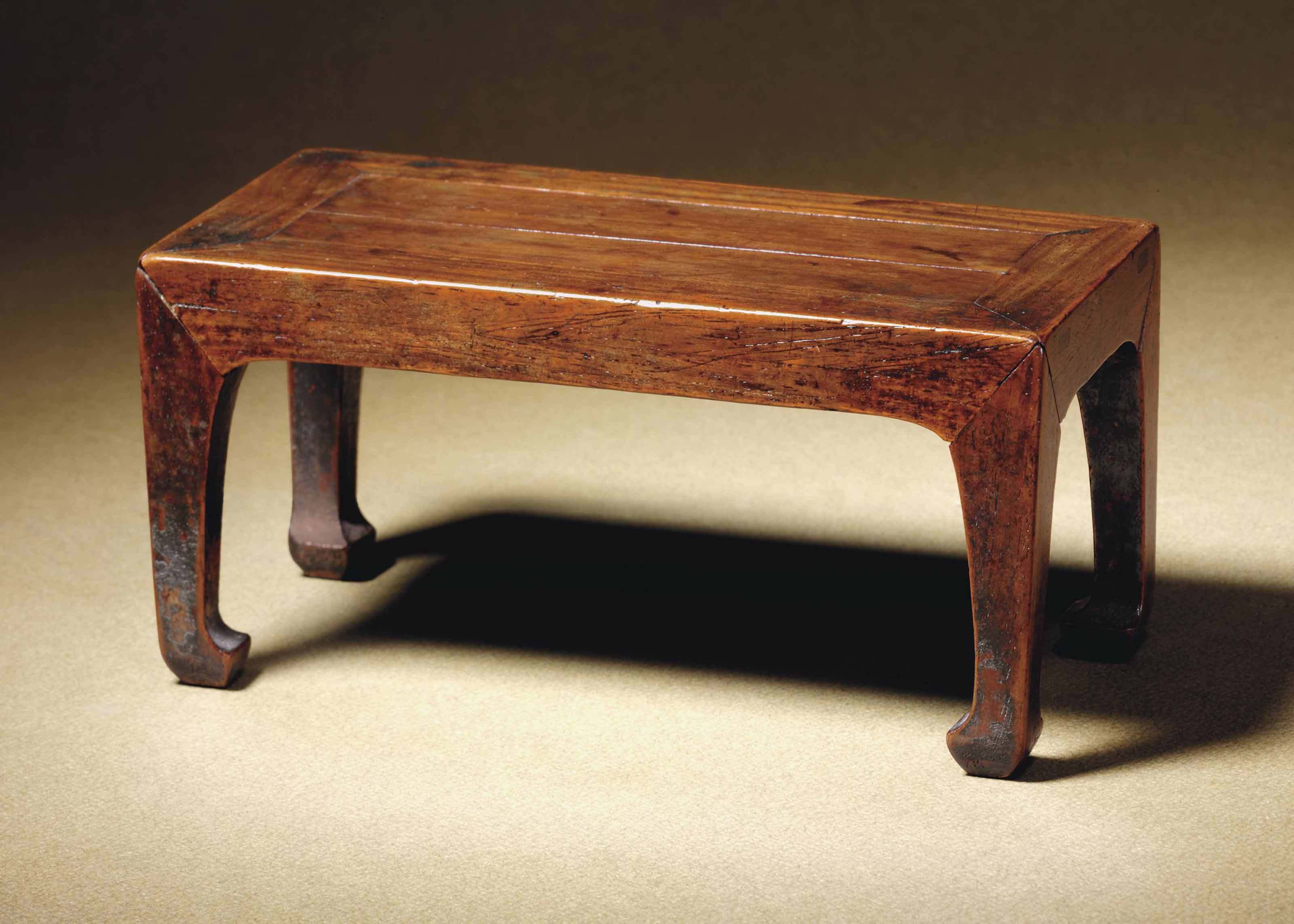 A SMALL HUANGHUALI TABLE-FORM