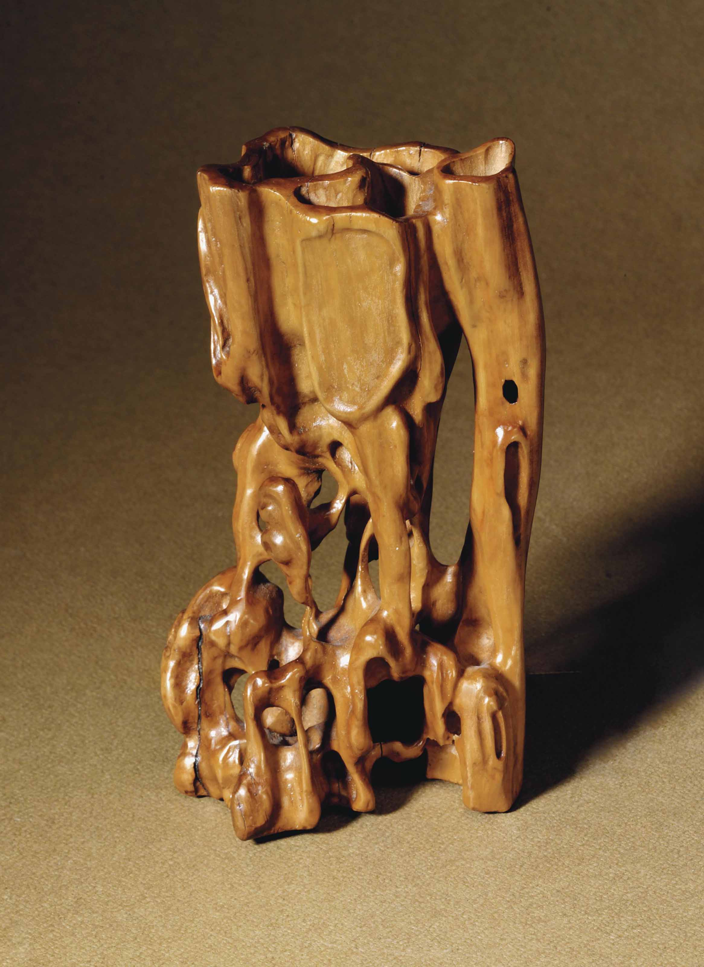 A CARVED BOXWOOD ROOT-FORM INC