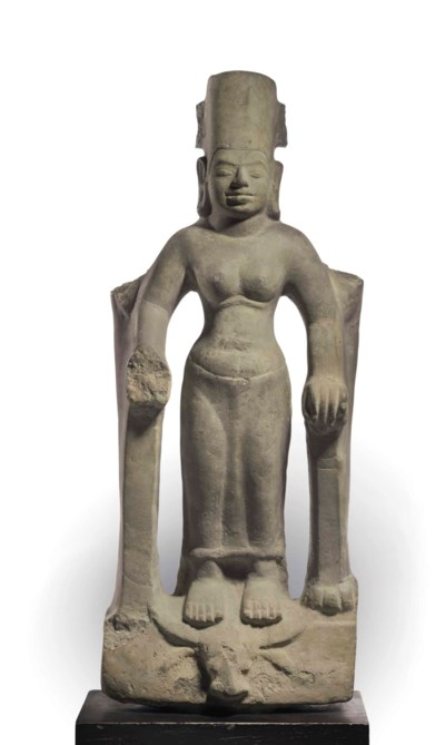 A GRAY SANDSTONE FIGURE OF DUR