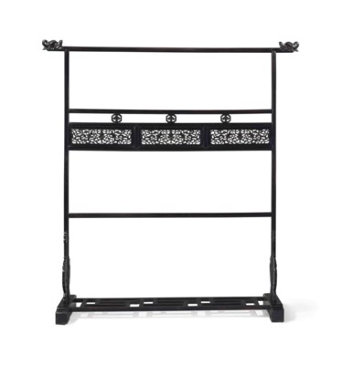 A HARDWOOD CLOTHING RACK, YIJI
