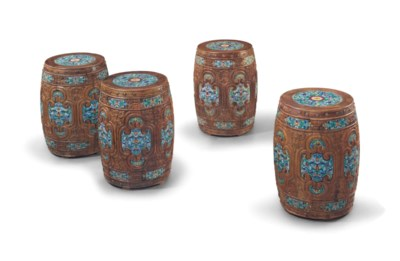 A SET OF FOUR CLOISONNÉ-INSET