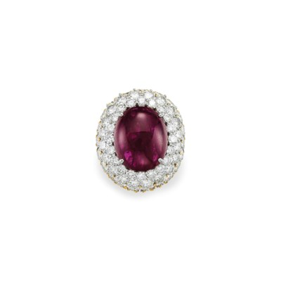 A RUBY AND DIAMOND RING, BY DA