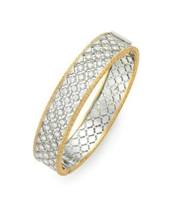 A DIAMOND AND BICOLORED GOLD B