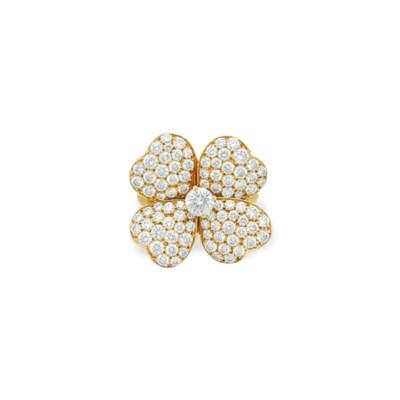 A DIAMOND 'COSMOS' RING, BY VA
