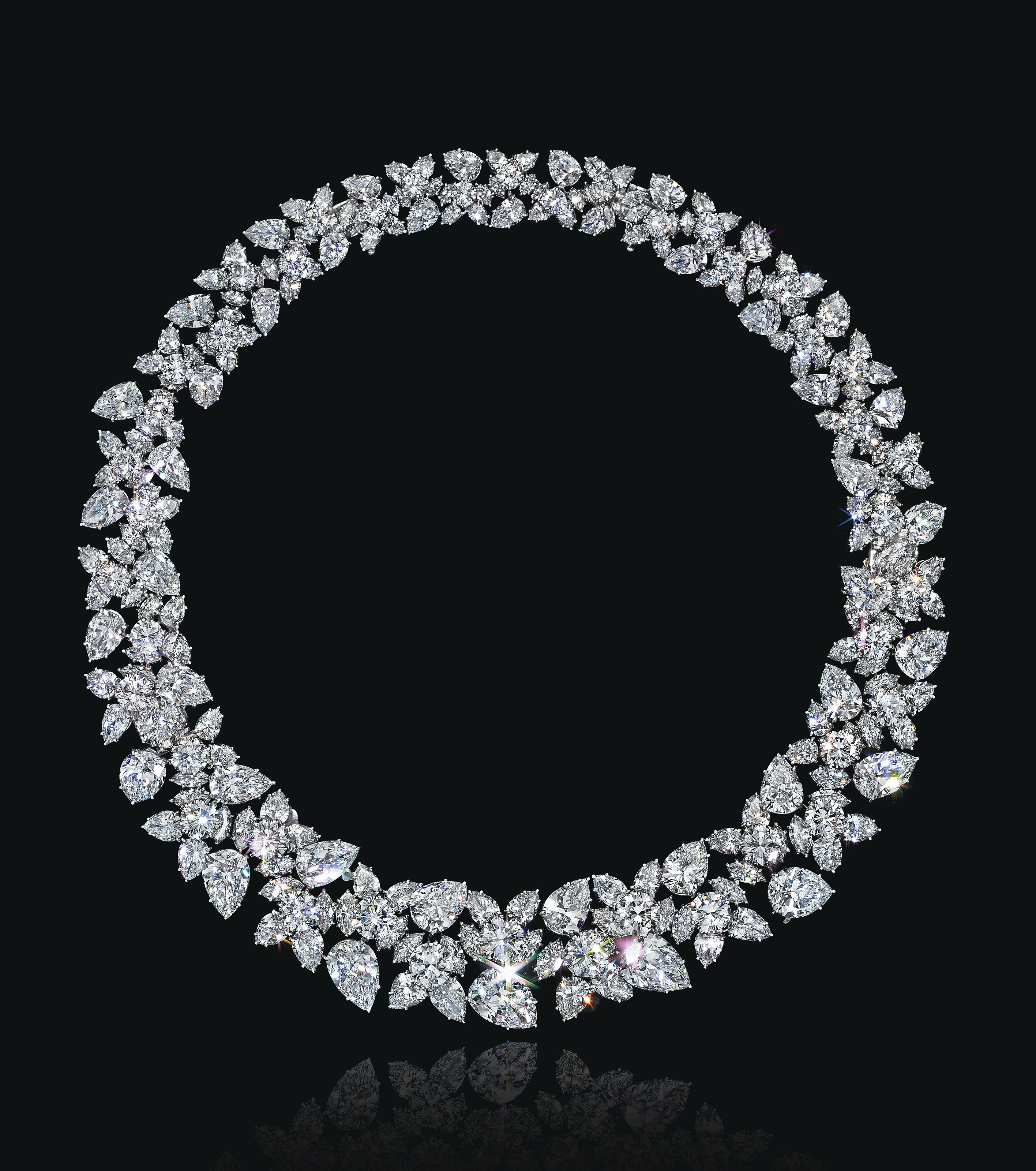 A DIAMOND CLUSTER NECKLACE, BY HARRY WINSTON AND A PHOTOGRAPH, BY CECIL BEATON