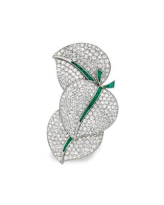 A DIAMOND AND EMERALD LEAF BRO