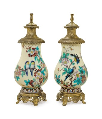 A PAIR OF ORMOLU-MOUNTED THEOD