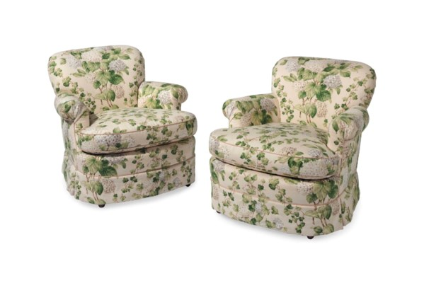 A PAIR OF EASY ARMCHAIRS