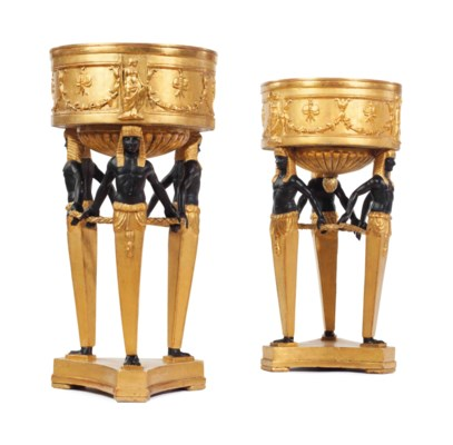 A PAIR OF ITALIAN GILTWOOD AND