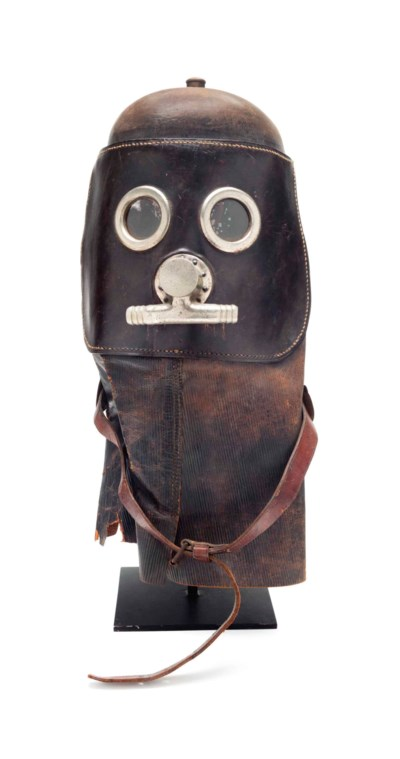 A LEATHER AND METAL WELDER'S H