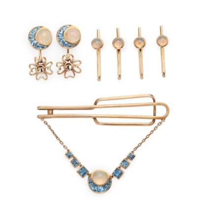 A 14K YELLOW GOLD, OPAL, AND A