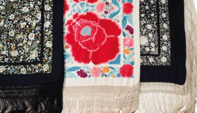 THREE CHINESE EXPORT EMBROIDER