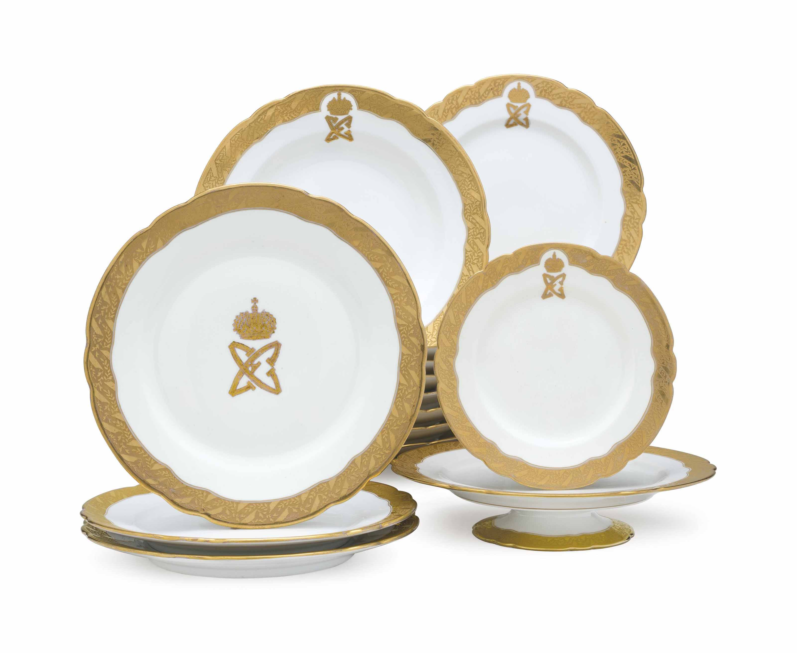 AN ASSEMBLED RUSSIAN AND FRENCH PORCELAIN PART TABLE SERVICE