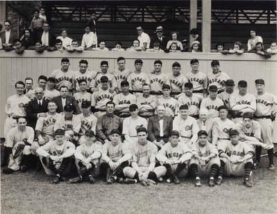 1934 CHICAGO CUBS TEAM PHOTOGR
