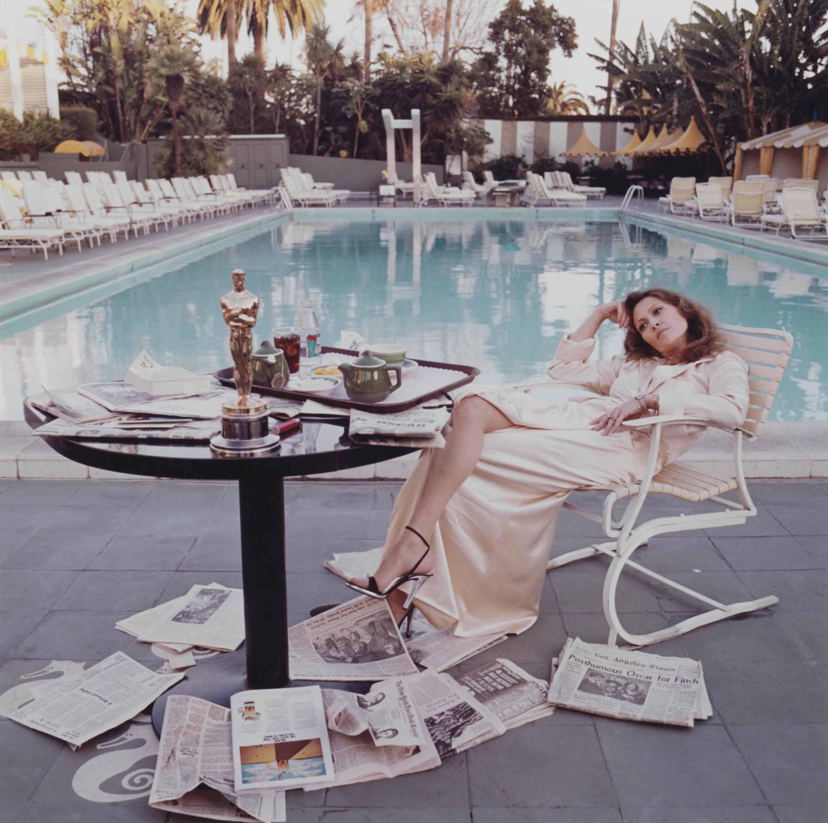 Faye Dunaway, Beverly Hills Hotel, 1977