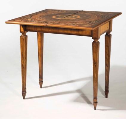 TABLE A JEUX DE LA PREMIERE MO
