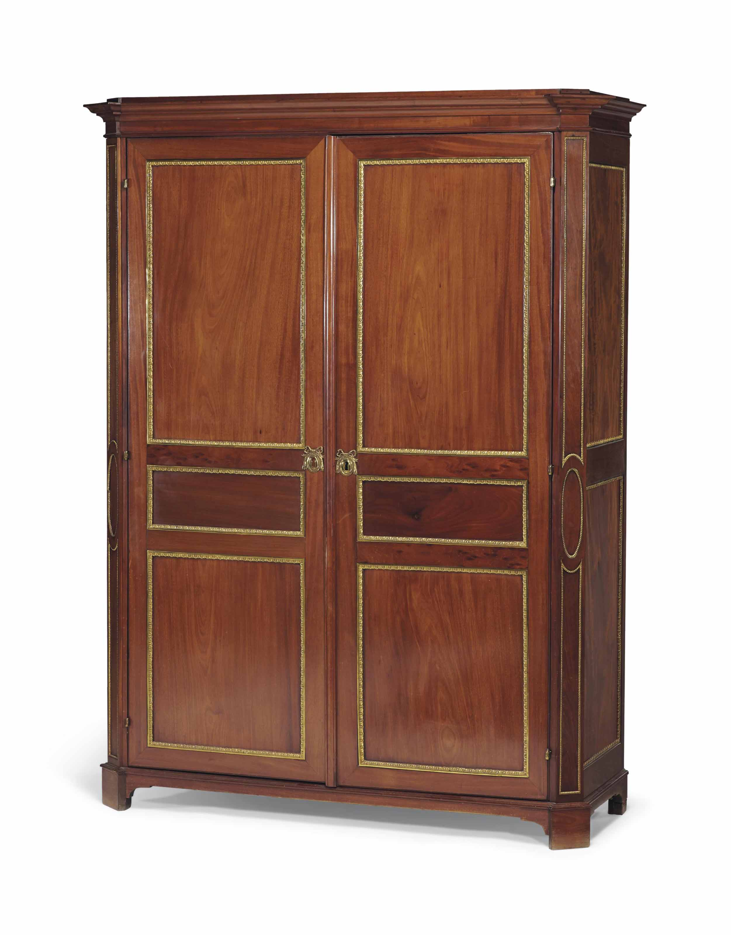armoire de style louis xvi seconde moitie du xixeme siecle christie 39 s. Black Bedroom Furniture Sets. Home Design Ideas