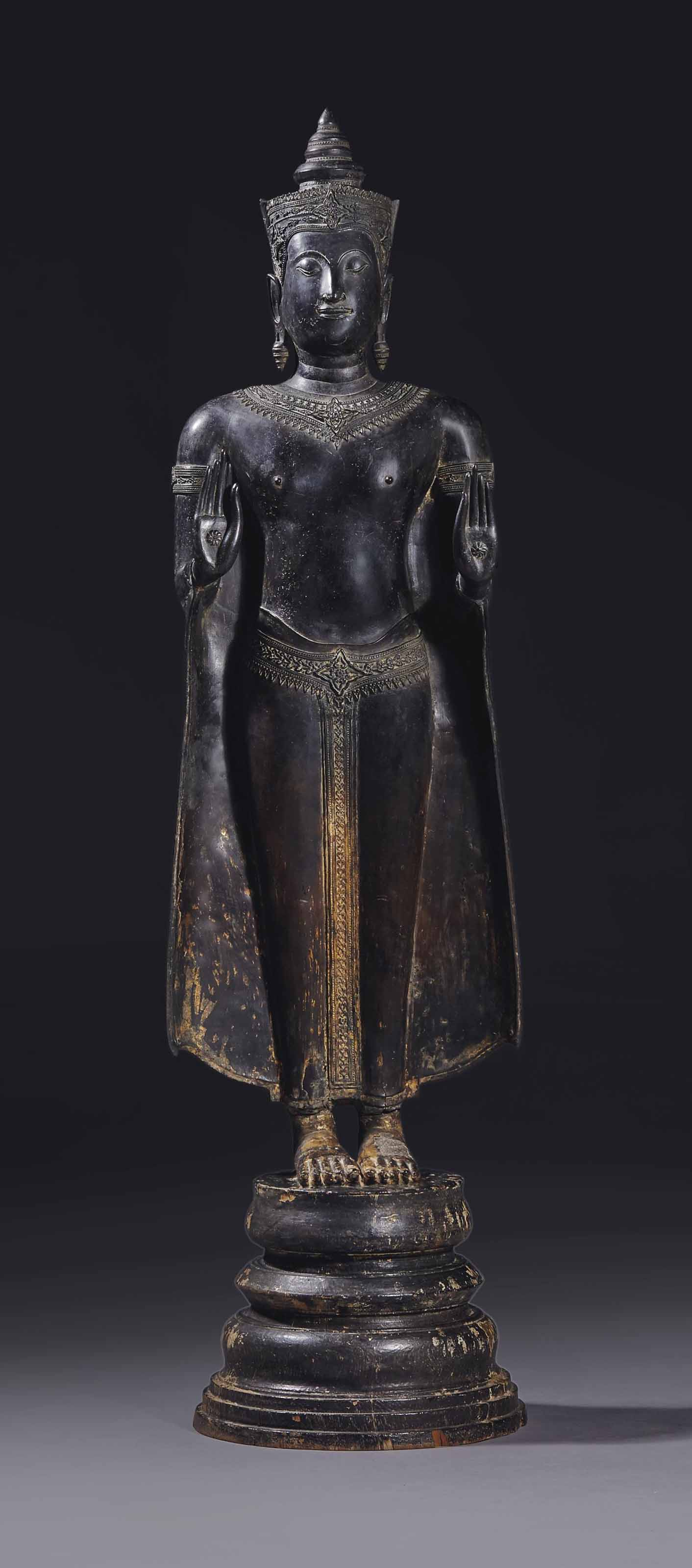 statue de bouddha shakyamuni en bronze thailande epoque ayutthaya circa xvieme siecle. Black Bedroom Furniture Sets. Home Design Ideas