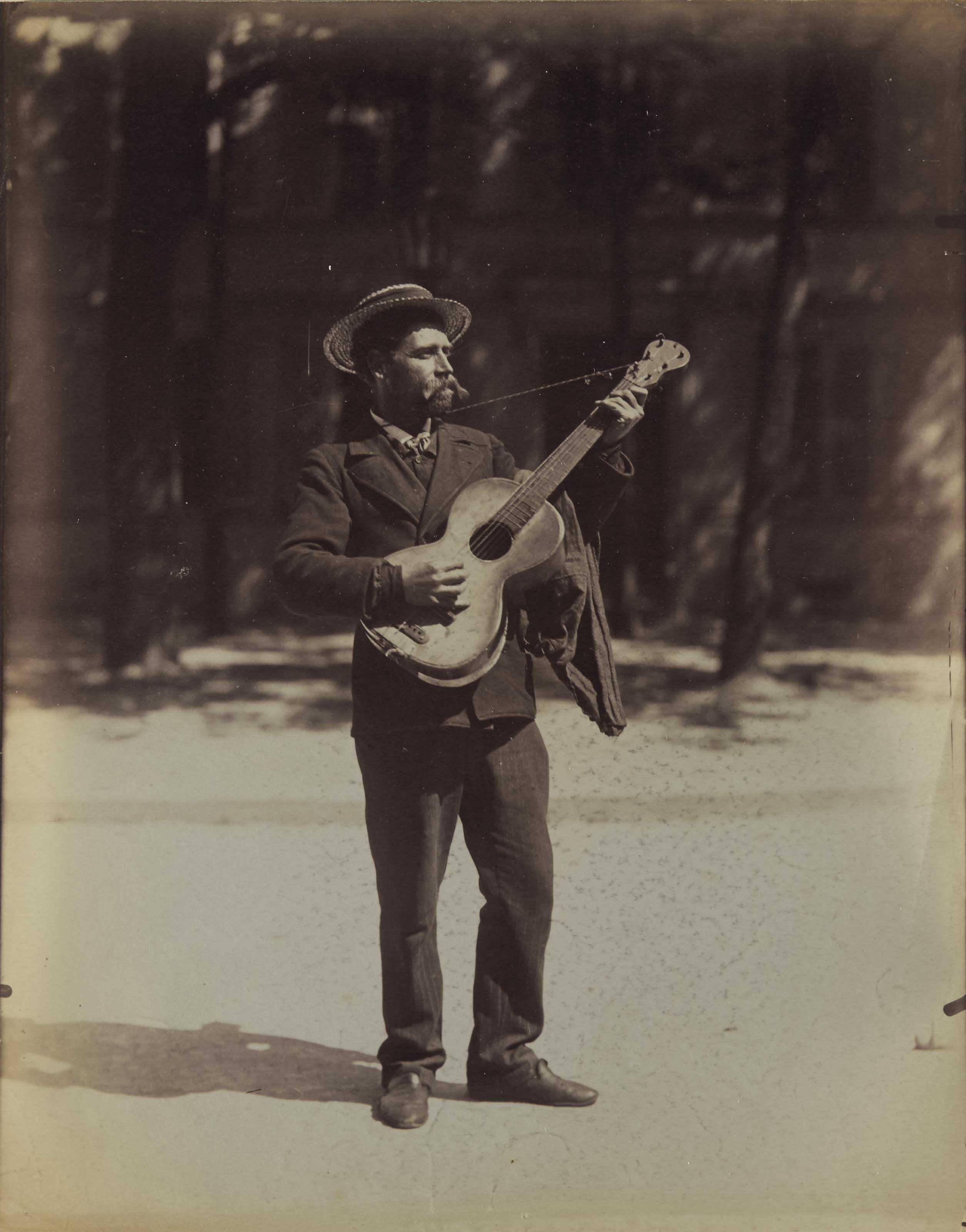 Joueur de guitare, Paris, 1899