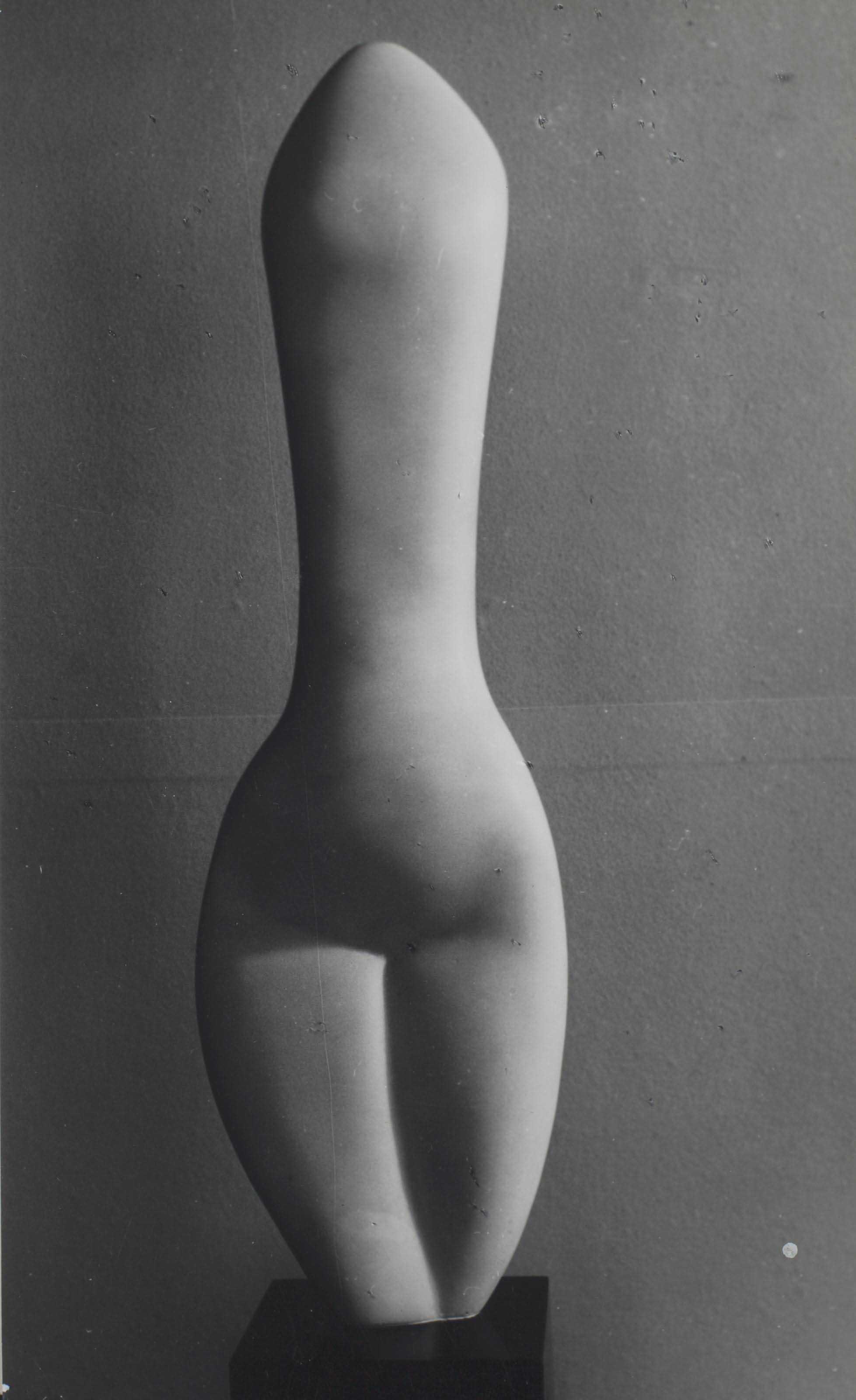 Femme-Amande, années 1930-1940