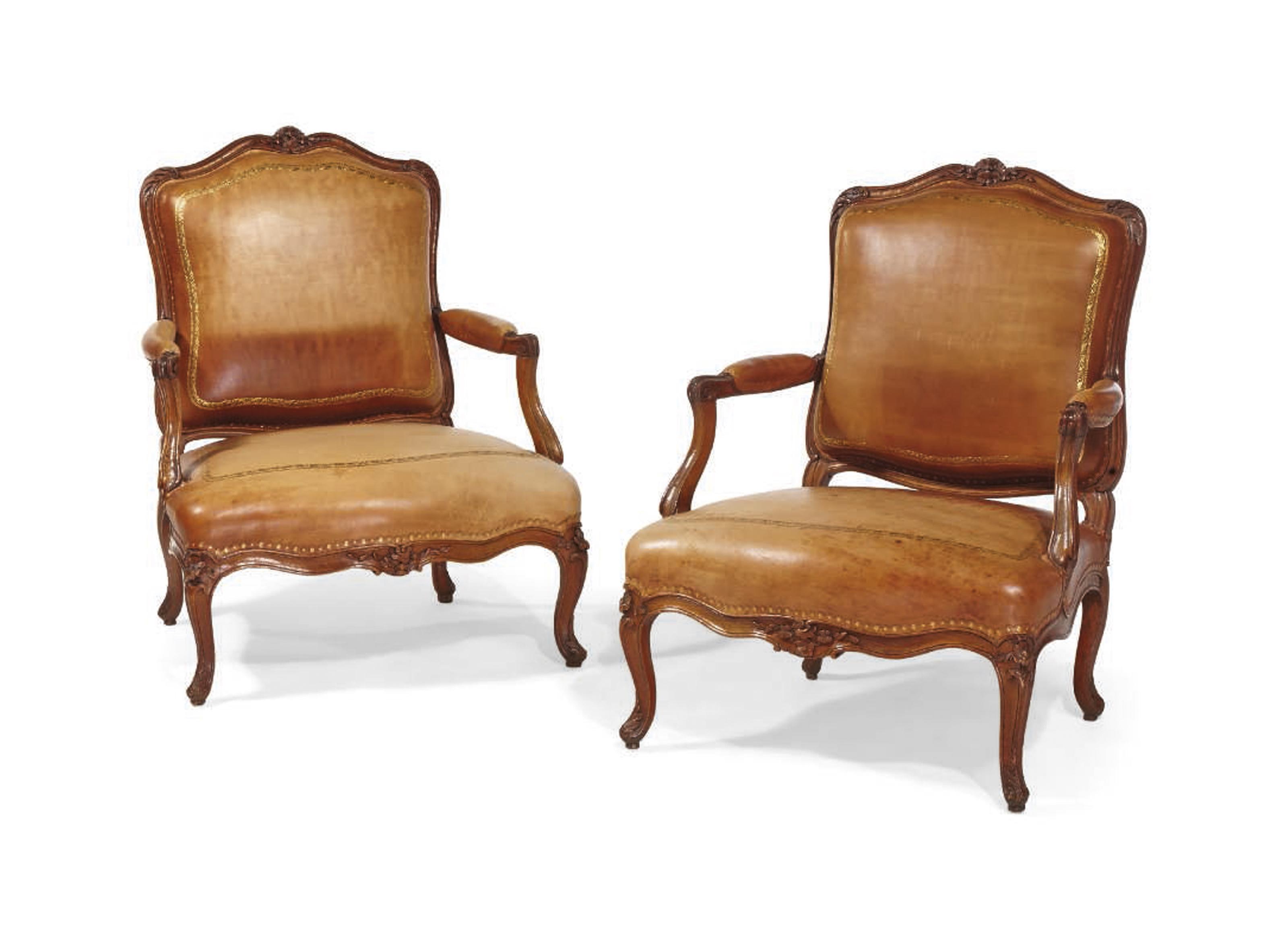 paire de fauteuils. Black Bedroom Furniture Sets. Home Design Ideas