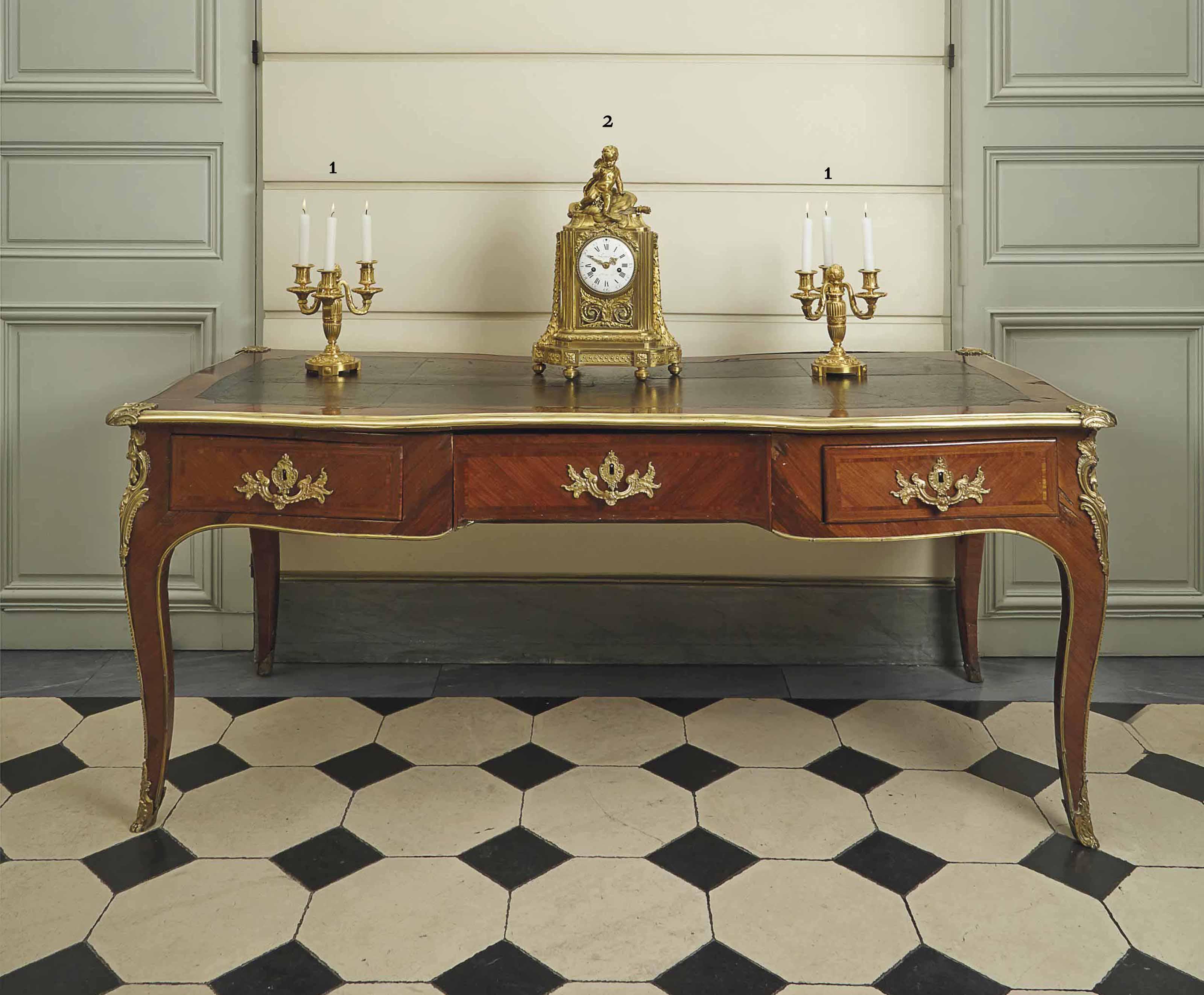 pendule borne d 39 epoque louis xvi signature de lepaute dernier quart du xviiieme siecle. Black Bedroom Furniture Sets. Home Design Ideas