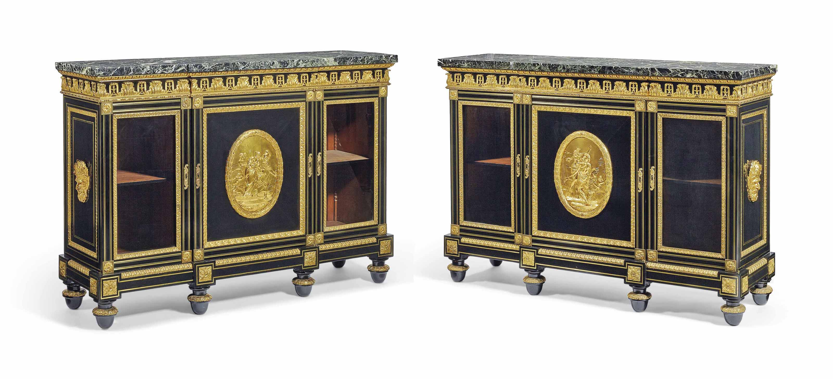 A PAIR OF RESTAURATION ORMOLU-MOUNTED AND BRASS-INLAID EBONY BIBLIOTHEQUE BASSES