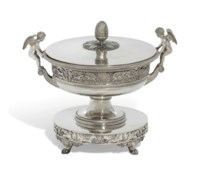 A FRENCH SILVER TUREEN, COVER AND LINER FROM THE BRANICKI SERVICE
