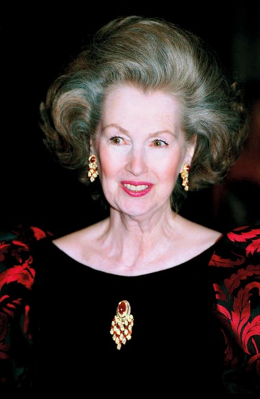 Raine, Countess Spencer, wearing the gold, ruby and diamond parure by Van Cleef & Arpels