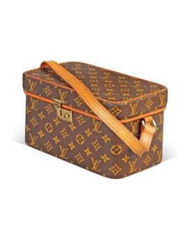 c48dcaa98ca7 A TRAVELLING MAKE-UP CASE. LOUIS VUITTON ...