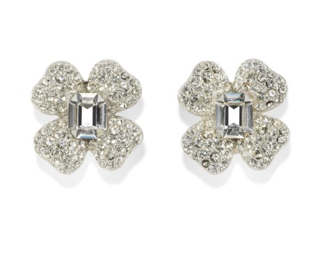 A PAIR OF FOUR LEAF CLOVER PASTE EARRINGS