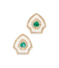A PAIR OF 18CT GOLD, EMERALD, DIAMOND AND MOTHER-OF-PEARL EARRINGS, BY WOLFERS