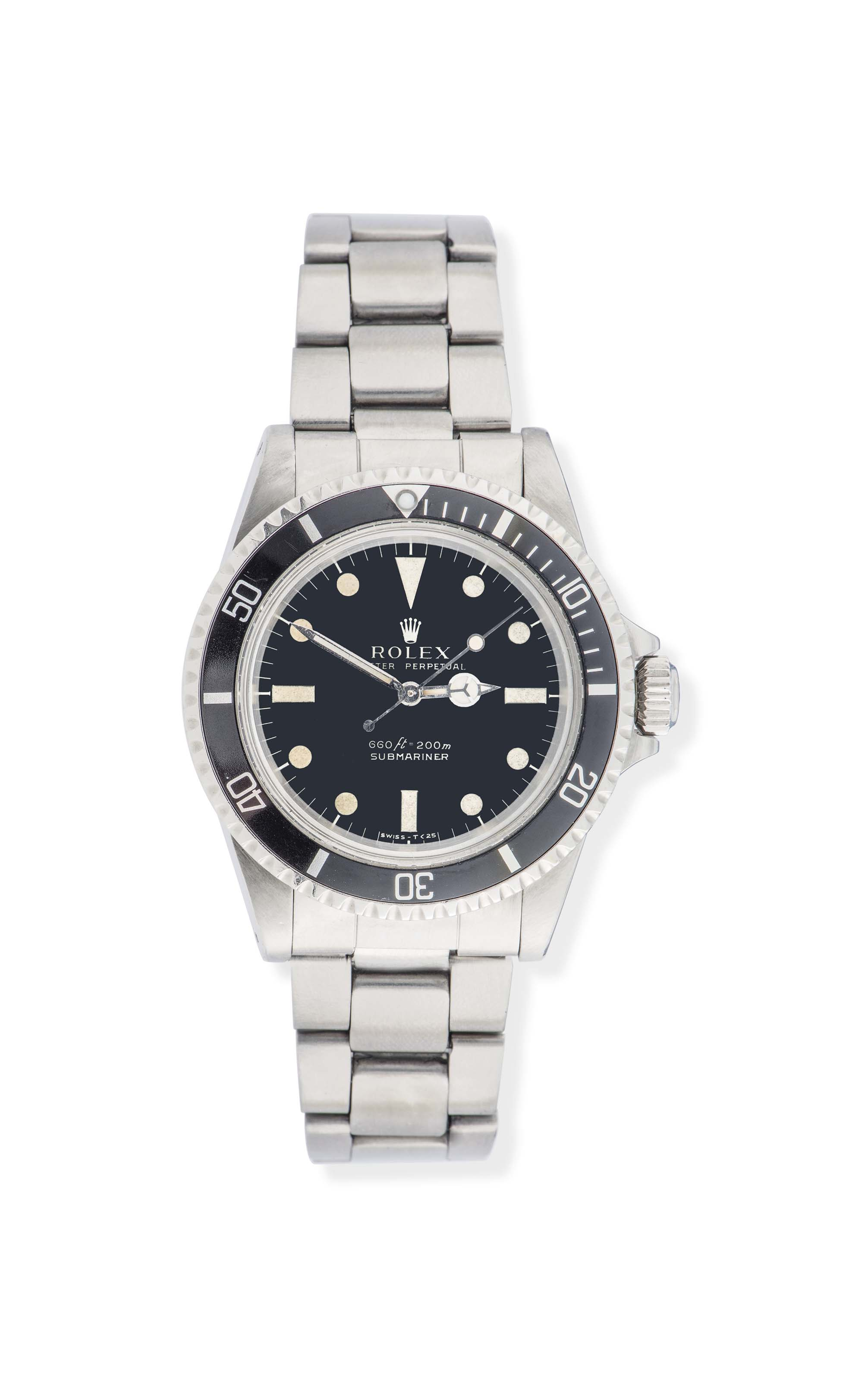 A STAINLESS STEEL 'SUBMARINER' AUTOMATIC WRISTWATCH, BY ROLEX, REF. 5513
