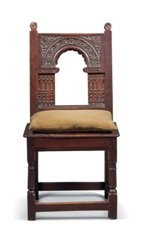 A CHARLES I ARCHITECTURAL OAK CHAIR
