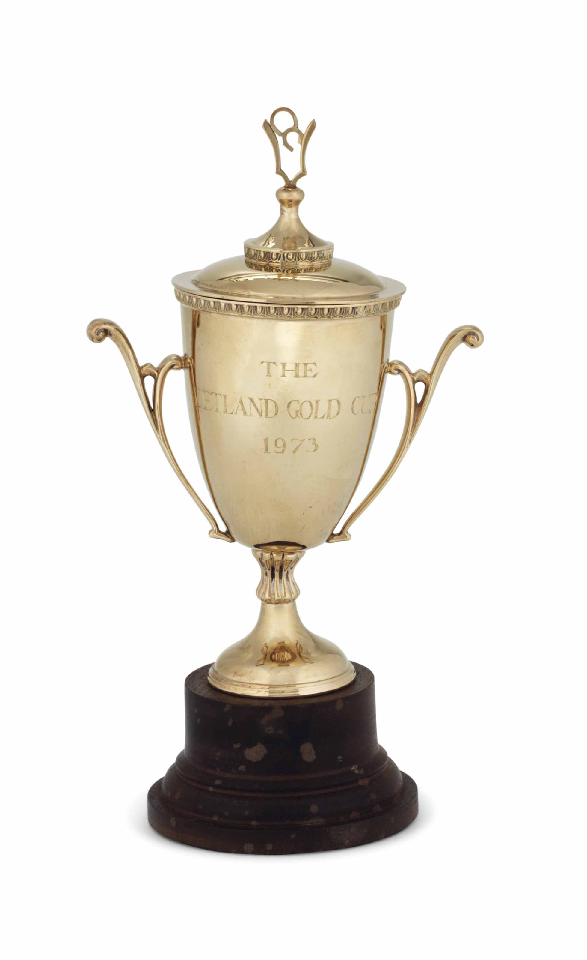 AN ELIZABETH II GOLD CUP AND COVER
