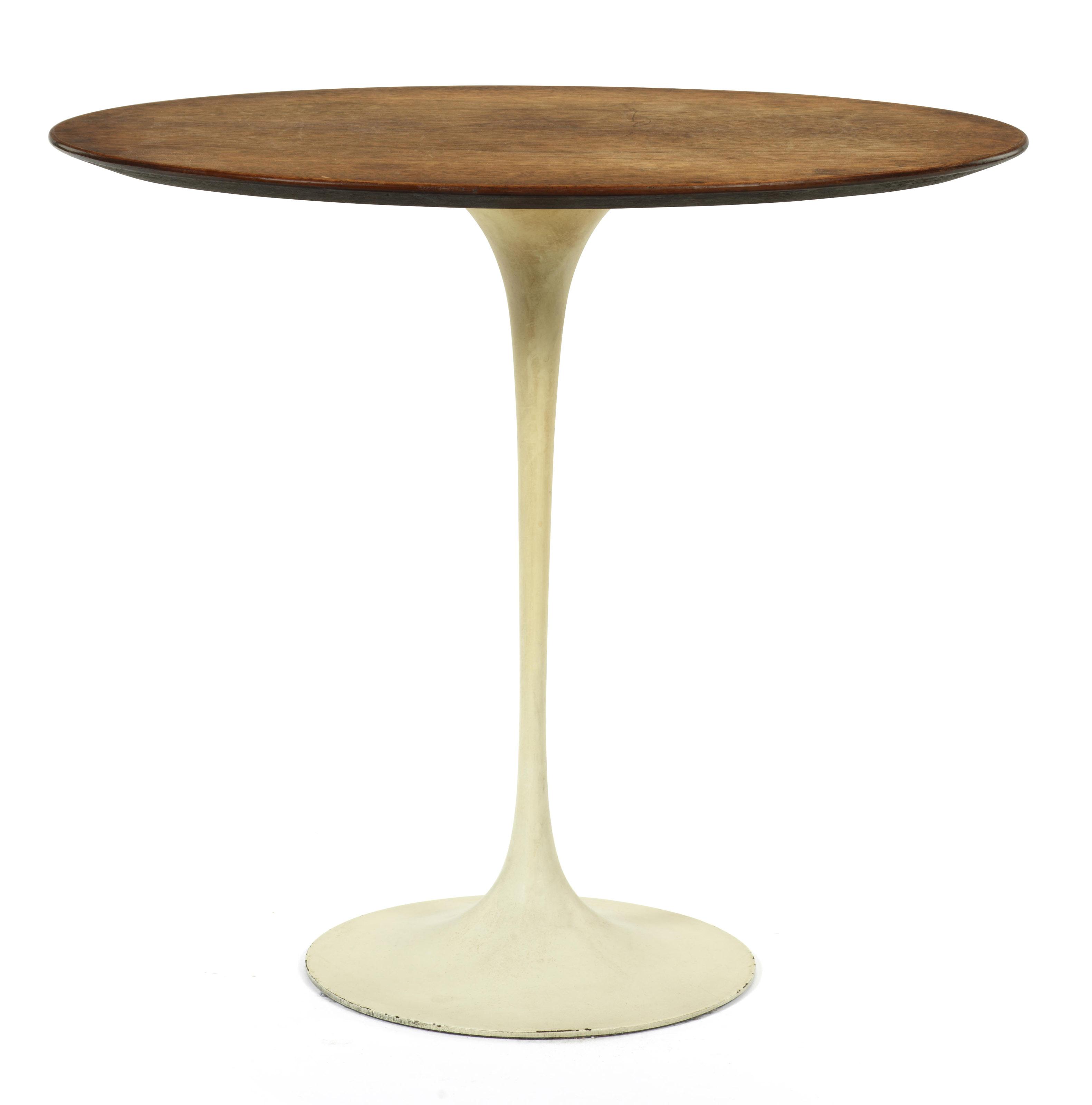 EERO SAARINEN TULIP OR PEDESTAL TABLE FOR KNOLL - Knoll pedestal table