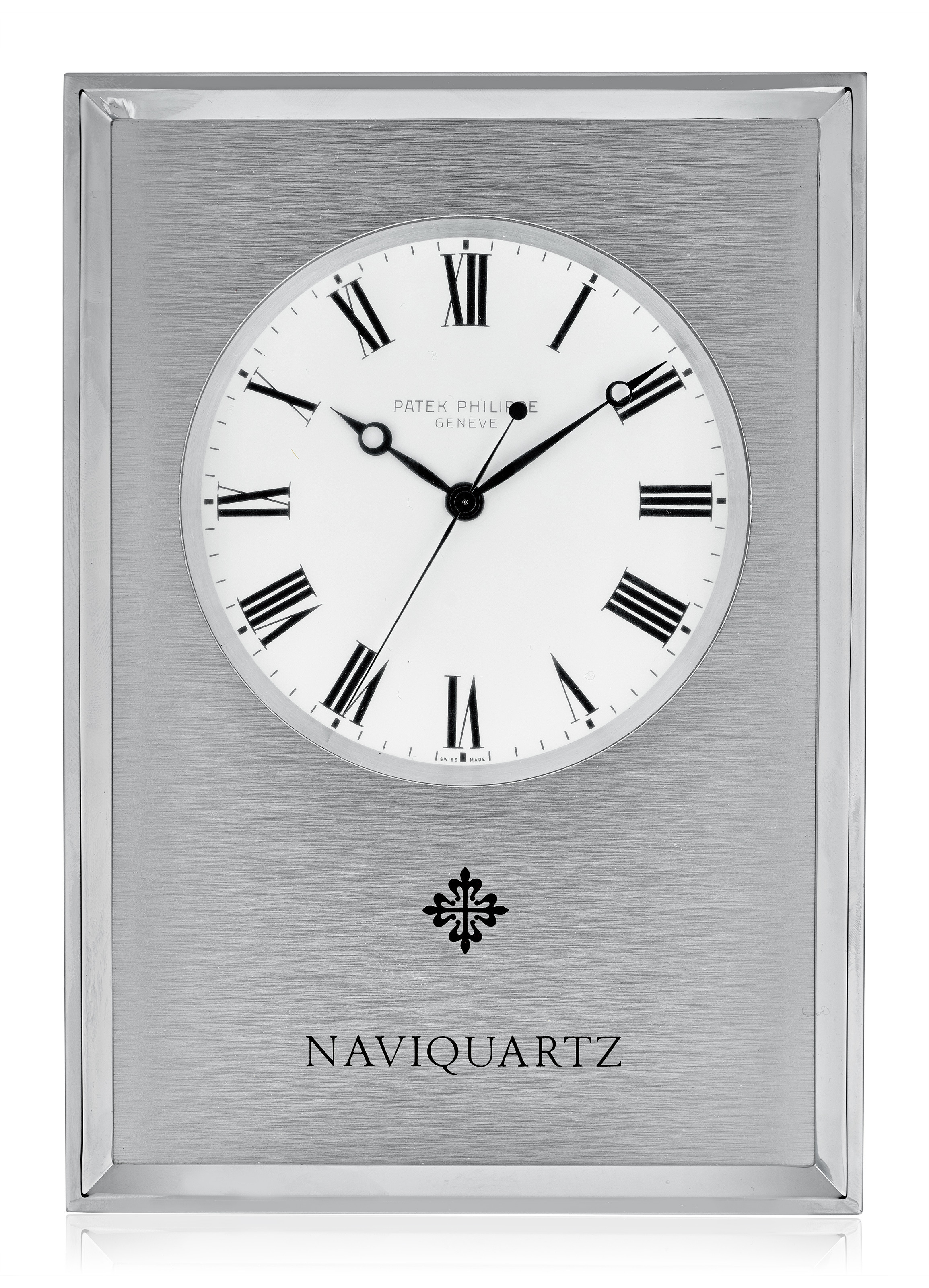 patek philippe  naviquartz desk clock with white dial  ref